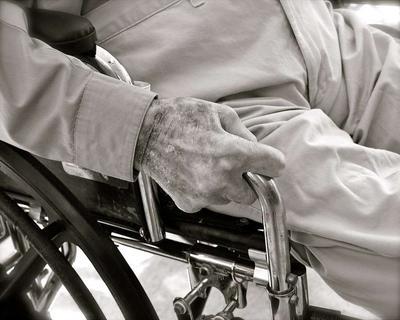 老年人癫痫如何护理